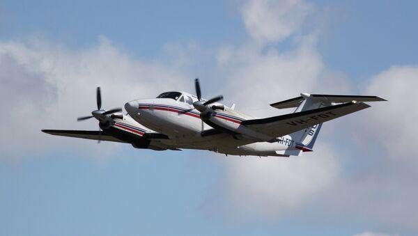 Beechcraft Super King Air 200 taking off - Sputnik Mundo