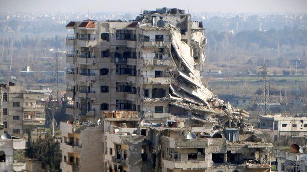 Edificio destruido en Homs, Siria - Sputnik Mundo