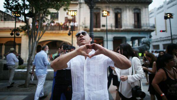 Actor Vin Diesel antes del show de Chanel en la Habana, Cuba - Sputnik Mundo