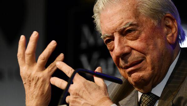 Mario Vargas Llosa, escritor peruano - Sputnik Mundo