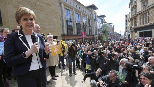 Nicola Sturgeon, líder del Partido Nacionalista de Escocia (SNP) - Sputnik Mundo