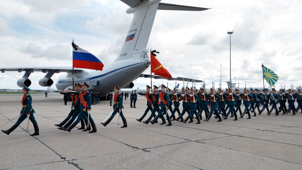 Ceremonia de despedida del oficial ruso Alexandr Projorenko - Sputnik Mundo