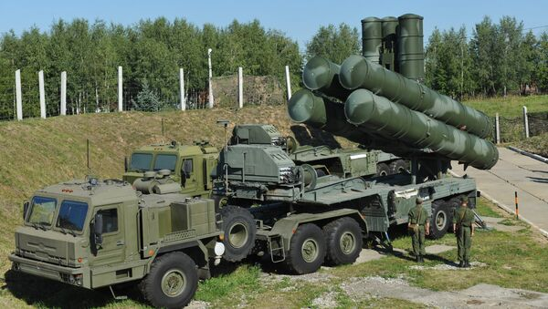 El S-400 Triunfo desplegado en la región de Moscú - Sputnik Mundo