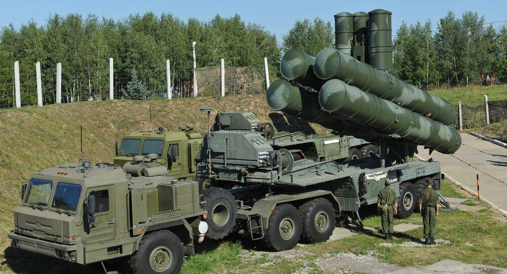 El S-400 Triunfo desplegado en la región de Moscú