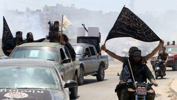 Militantes del grupo terrorista Frente Al Nusra - Sputnik Mundo