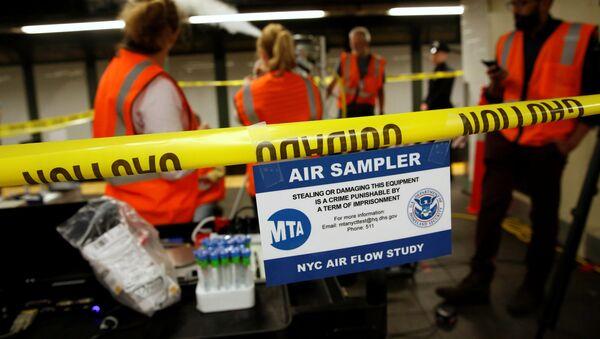 Empleados del DHS en el Metro de Nueva York - Sputnik Mundo