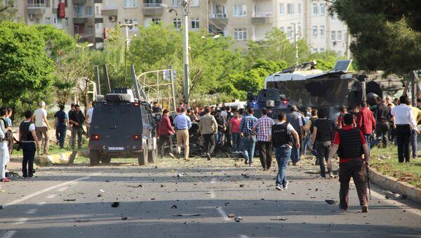 Explosión en Diyarbakir, el 10 de mayo de 2016 - Sputnik Mundo