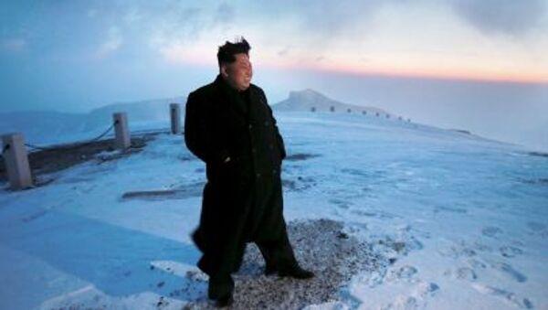 Líder norcoreano, Kim Jung-un, en el monte Paektusan - Sputnik Mundo