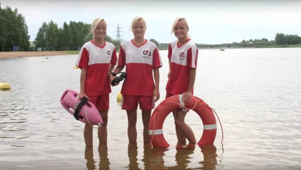 Las trillizas estonias Leila, Liina y Lily Luik - Sputnik Mundo