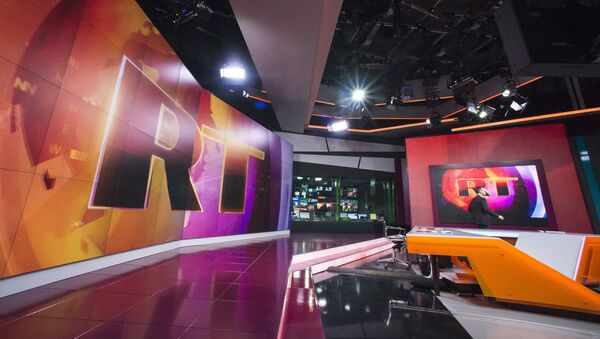 Un estudio de la cadena RT - Sputnik Mundo