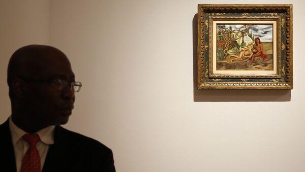 El cuadro Dos desnudos en el bosque (La tierra misma) en la casa de subastas Christie's de Nueva York - Sputnik Mundo