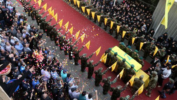 Funeral del uno de los líderes de Hizbulá, Mustafa Badreddine - Sputnik Mundo