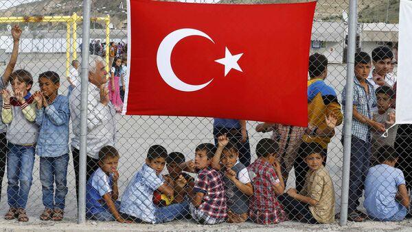 Campamento de refugiados en Turquía - Sputnik Mundo