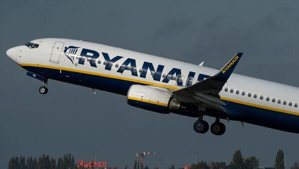 Avión de Ryanair (archivo) - Sputnik Mundo