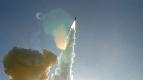 Lanzamiento de un misil estadounidense - Sputnik Mundo