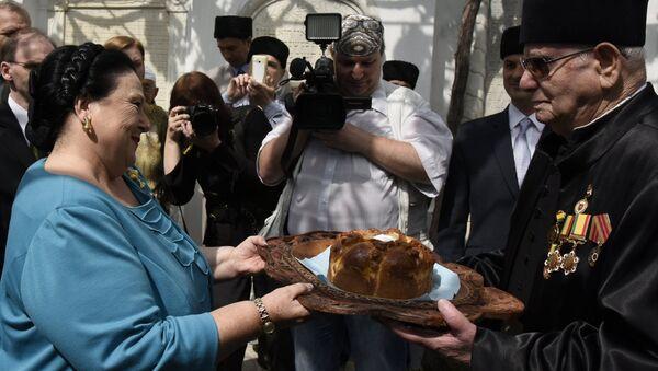 La jefa de la Casa Imperial de los Románov, la Gran Duquesa María Vladímirovna en su visita a Crimea - Sputnik Mundo