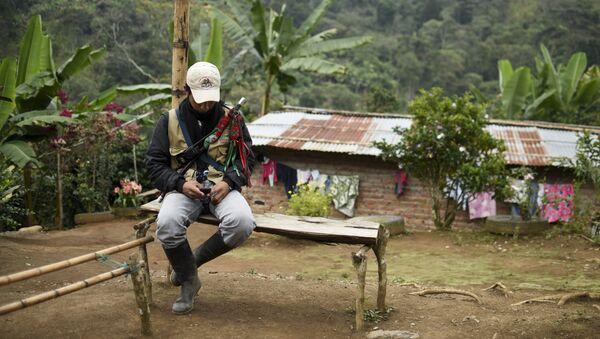 Un antiguo miembro de las FARC - Sputnik Mundo