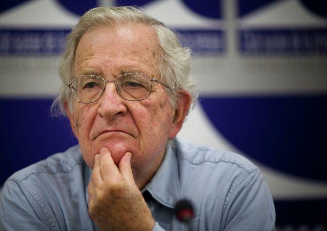 El intelectual norteamericano Noah Chomsky