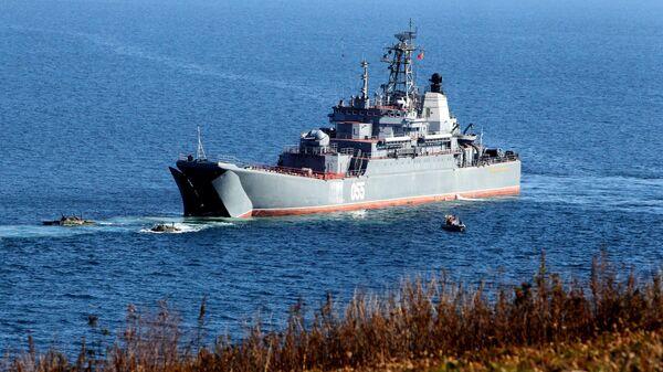 Un buque ruso - Sputnik Mundo
