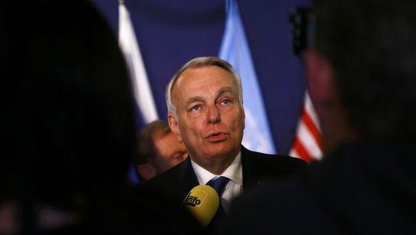 Jean-Marc Ayrault, ministro de Exteriores de Francia - Sputnik Mundo