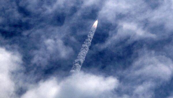 Lanzamiento de un satélite (imagen referencial) - Sputnik Mundo
