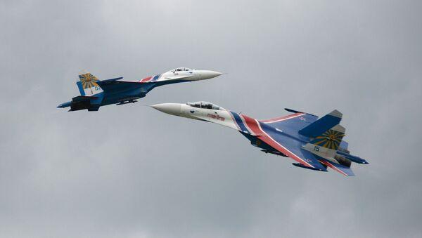 El arte de volar: aniversario de los grupos Strizhi y Vitiazi - Sputnik Mundo