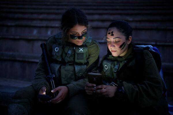 Las damas de hierro: las militares del Ejército israelí - Sputnik Mundo