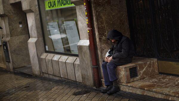 Un sin techo en Madrid - Sputnik Mundo