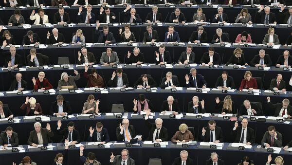 Votación en el Parlamento Europeo (archivo) - Sputnik Mundo