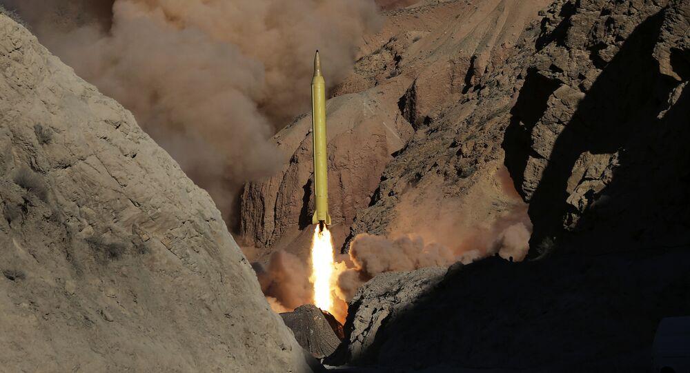 Ensayo del lanzamiento de un misil iraní (archivo)