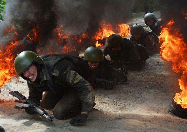 Las difíciles pruebas para alcanzar el máximo nivel de las Fuerzas Especiales de Rusia