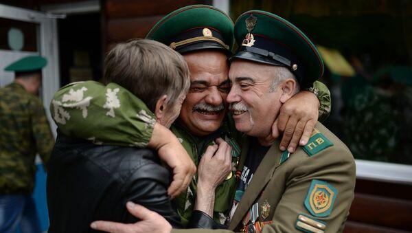 El Día de los Guardias de Fronteras - Sputnik Mundo