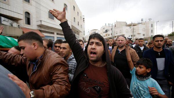 Funeral de Abdel Fatah al Sharif, el atacante palestino asesinado por un soldado israelí - Sputnik Mundo