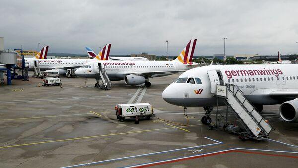 Los aviones de Germanwings detenidos por causa de la alerta en el aeropuerto de Colonia - Sputnik Mundo