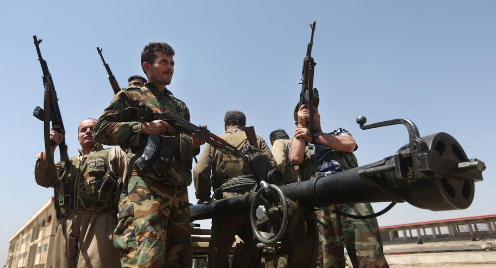 Los milicianos kurdos