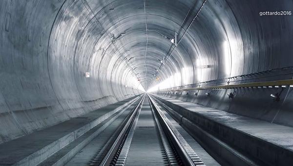 El túnel ferroviario de San Gotardo - Sputnik Mundo