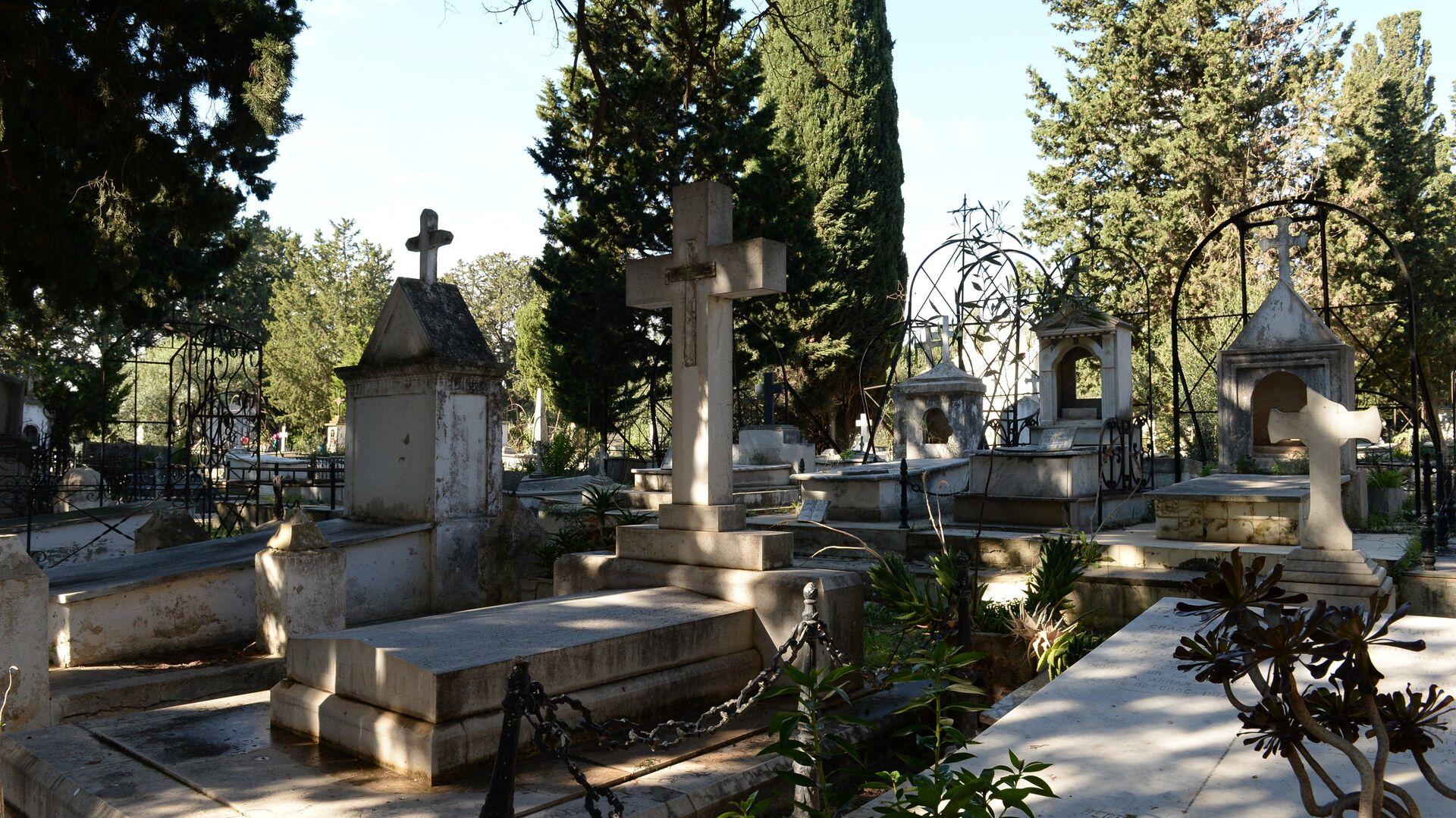 Cementerio - Sputnik Mundo, 1920, 15.04.2021