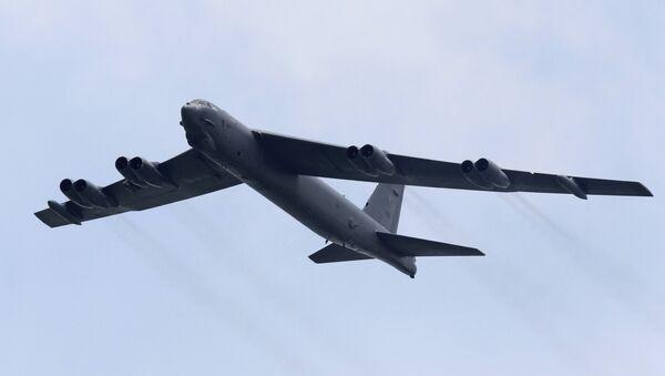 Bombardero estratégico estadounidense B-52 - Sputnik Mundo