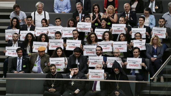 Los miembros de la comunidad armenia en Alemania - Sputnik Mundo