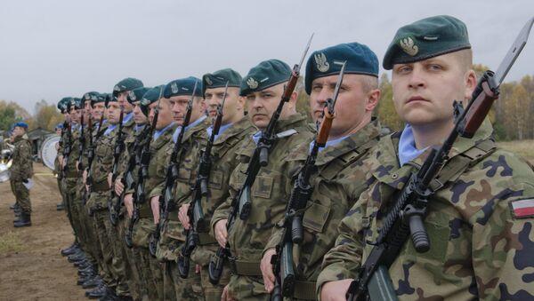 Militares polacos (archivo) - Sputnik Mundo