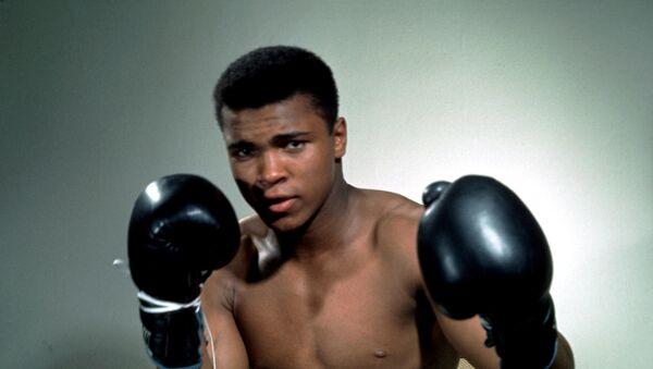 La leyenda del boxeo mundial, Mohamed Alí - Sputnik Mundo