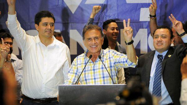 Miguel Ángel Yunes Linares, el candidato opositor de la coalición de los partidos Acción Nacional a gobernador de Veracruz - Sputnik Mundo