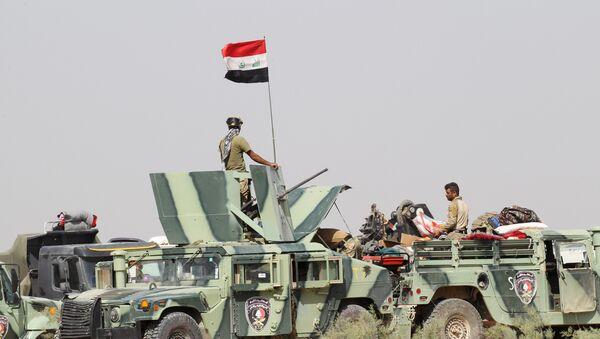 Militares iraquíes a las afueras de la ciudad de Faluya - Sputnik Mundo