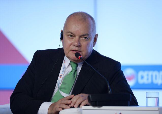 El director general de la Agencia de Información Internacional Rossiya Segodnya, Dmitri Kiseliov