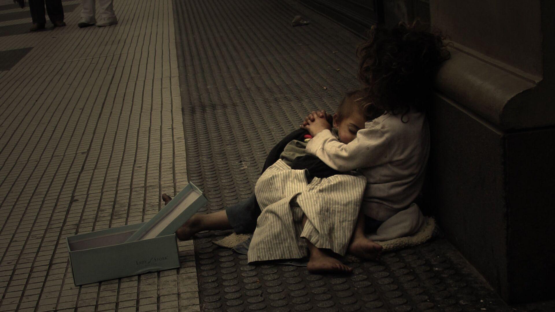 Una familia pobre en  Argentina - Sputnik Mundo, 1920, 19.03.2021