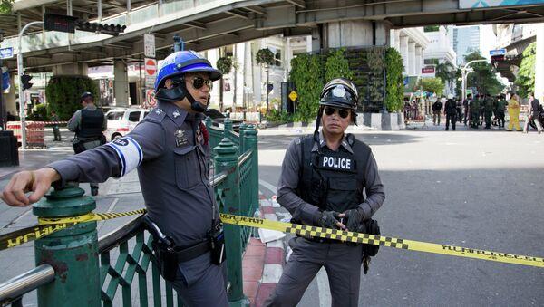 Policías tailandeses (archivo) - Sputnik Mundo