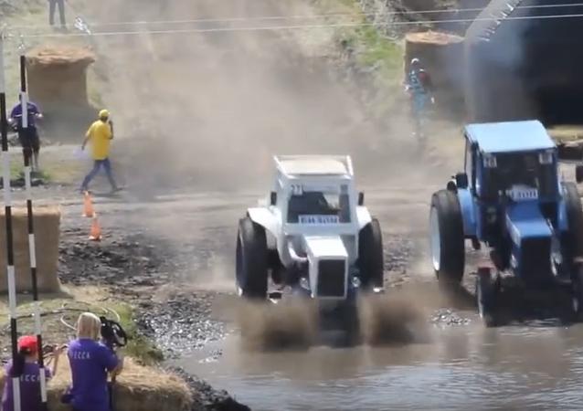 XIV Carrera Internacional  de Tractores 'Bizon-Track-Show 2016'
