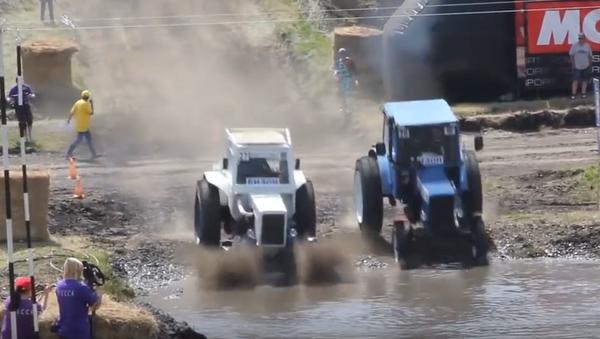 XIV Carrera Internacional  de Tractores 'Bizon-Track-Show 2016' - Sputnik Mundo