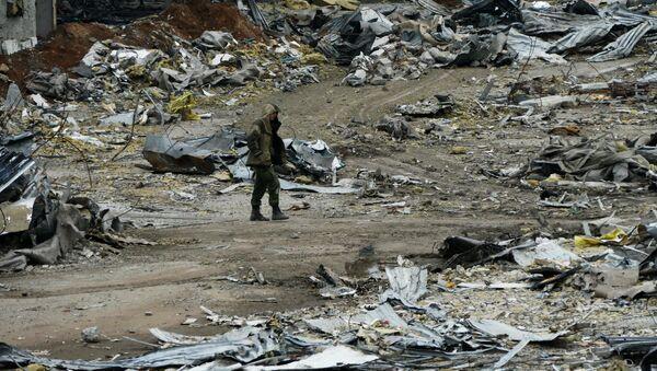 El aeropuerto de Donetsk - Sputnik Mundo