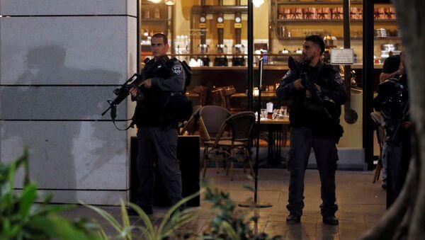 Policía de Tel Aviv en el lugar del atentado - Sputnik Mundo